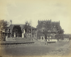 Tanjore Pagoda. View of the porch with the big bull and two entrance gateways